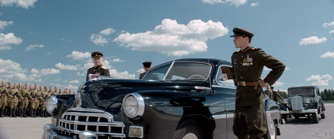 кадр №258611 из фильма Калашников