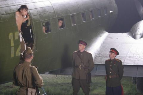 кадр №3082 из фильма Сволочи