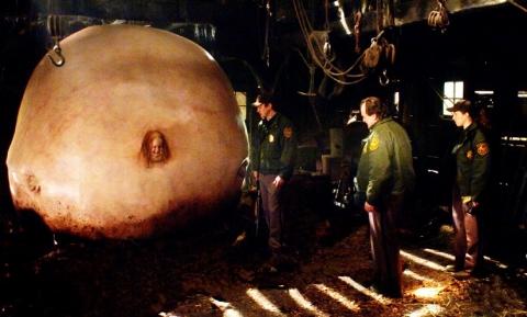 кадр №3252 из фильма Слизень