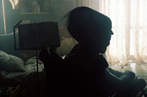 кадры из фильма У холмов есть глаза