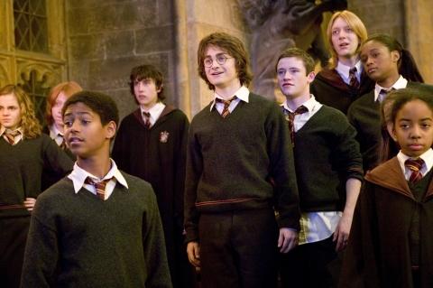 кадры из фильма Гарри Поттер и Кубок Огня Мэттью Льюис, Эмма Уотсон, Руперт Гринт, Дэниэл Рэдклифф,