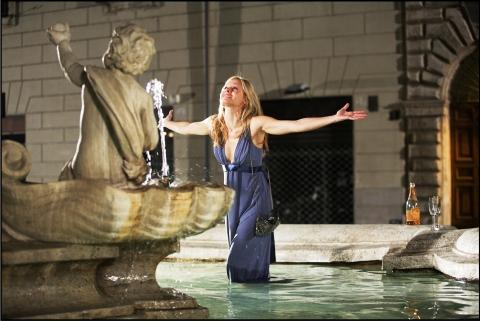кадр №36437 из фильма Однажды в Риме