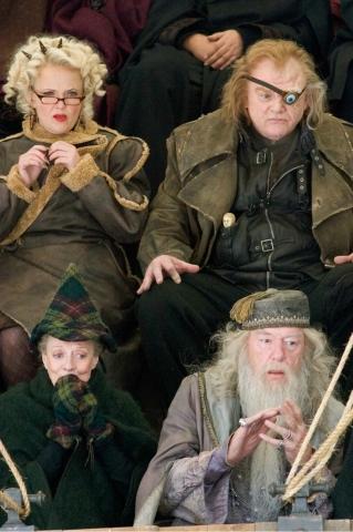 кадры из фильма Гарри Поттер и Кубок Огня Миранда Ричардсон, Мэгги Смит, Брендан Глисон, Майкл Гэмбон,