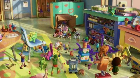 кадры из фильма История игрушек: Большой побег