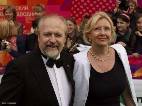звездная дорожка церемония открытия ММКФ XXXII Владимир Хотиненко,
