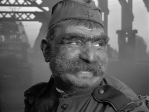 кадр №46663 из фильма Отец солдата