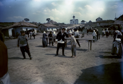 кадр №49298 из фильма Неуловимые мстители
