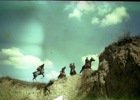 кадр №49305 из фильма Неуловимые мстители