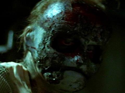 кадр №49389 из фильма Под маской: Восхождение Лесли Вернона*