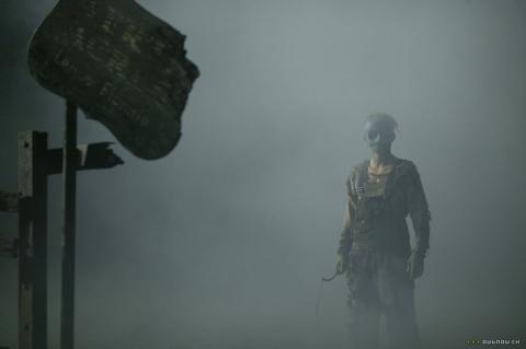 кадр №49390 из фильма Под маской: Восхождение Лесли Вернона*