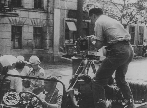 кадр №49674 из фильма Человек с киноаппаратом