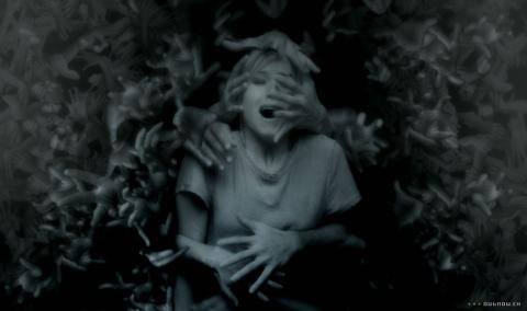 кадр №5214 из фильма Пульс