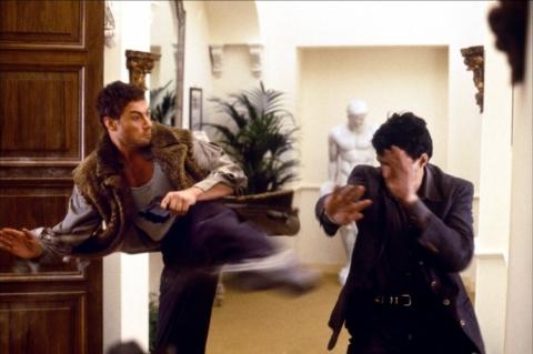 кадр №56642 из фильма Колония