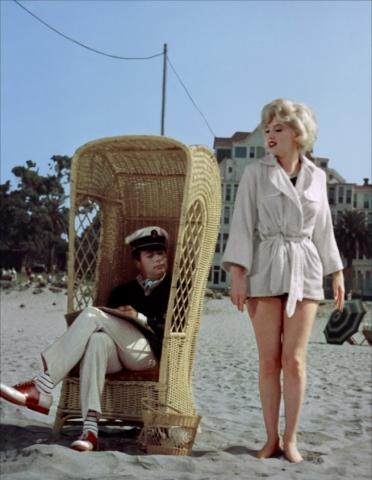 кадр №57375 из фильма В джазе только девушки