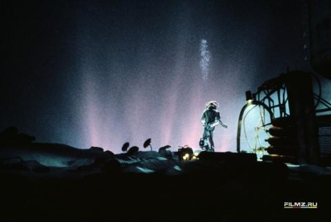кадр №58394 из фильма Бездна