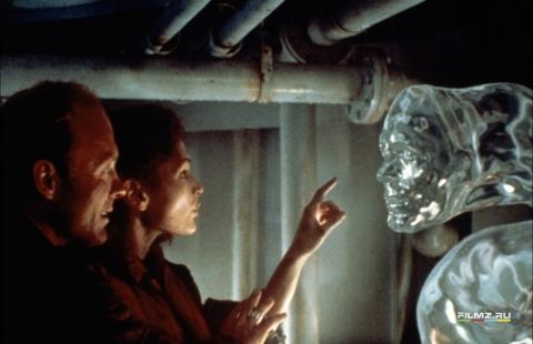 кадр №58405 из фильма Бездна