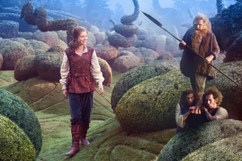 кадры из фильма Хроники Нарнии: Покоритель зари Джорджи Хенли,