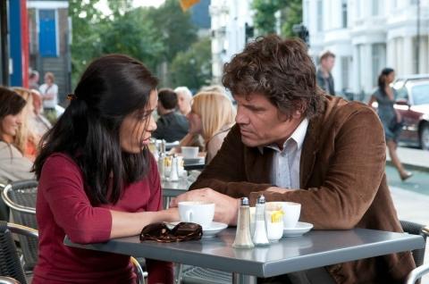 кадр №58856 из фильма Ты встретишь таинственного незнакомца