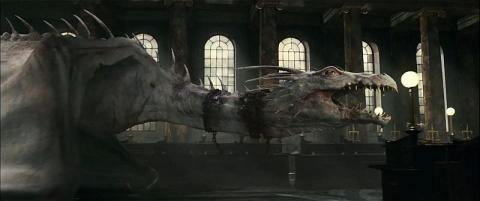 кадры из фильма Гарри Поттер и Дары Смерти: Часть вторая