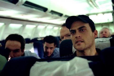кадры из фильма Потерянный рейс