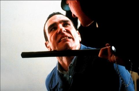 кадр №65021 из фильма Костолом