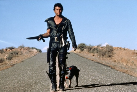кадры из фильма Безумный Макс 2: Воин дороги Мел Гибсон,