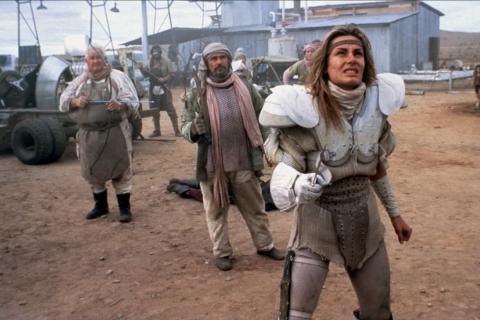 кадр №66875 из фильма Безумный Макс 2: Воин дороги