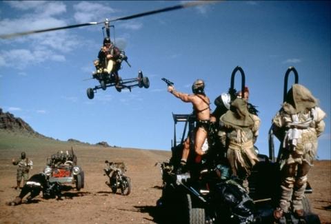 кадр №66877 из фильма Безумный Макс 2: Воин дороги