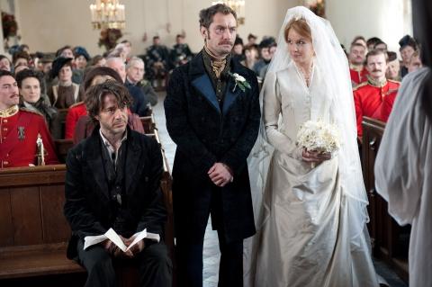 кадры из фильма Шерлок Холмс: Игра теней Роберт Дауни-мл., Джуд Лоу, Келли Рэйлли,
