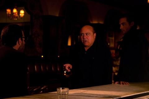кадр №68180 из фильма Девушка заходит в бар*