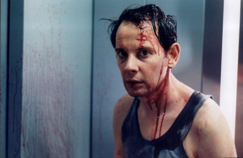 кадры из фильма Лифт