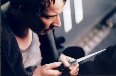 кадр №6880 из фильма Лифт