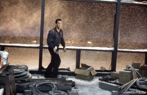 кадр №74550 из фильма Крепкий орешек 2
