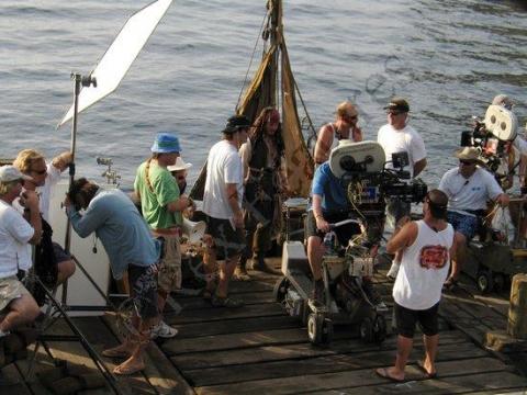 со съемок Пираты Карибского моря: Сундук мертвеца Джонни Депп, Гор Вербински,