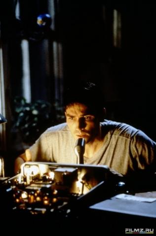 кадр №75968 из фильма Радиоволна
