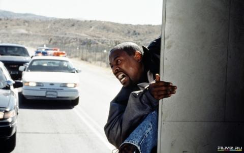 кадр №76290 из фильма Бриллиантовый полицейский