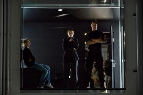 со съемок Трансформеры 3: Темная сторона Луны Майкл Бэй, Фрэнсис МакДорманд, Джош Дюамель,