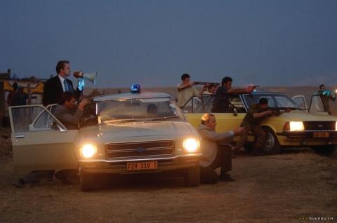 кадры из фильма Выгода в огне Тим Роббинс,