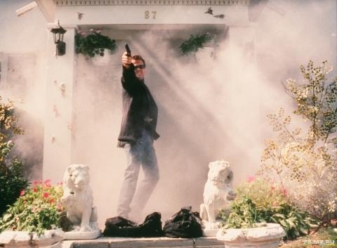 кадр №79242 из фильма Святые из Бундока