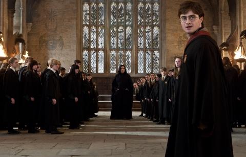 кадры из фильма Гарри Поттер и Дары Смерти: Часть вторая Алан Рикман, Дэниэл Рэдклифф,
