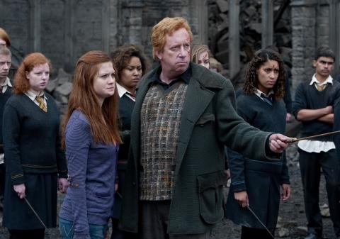 кадры из фильма Гарри Поттер и Дары Смерти: Часть вторая Бонни Райт, Марк Уильямс,