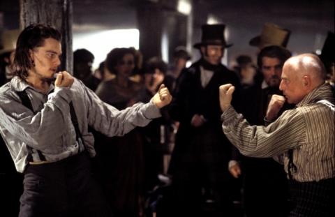 кадры из фильма Банды Нью-Йорка Гэри Льюис, Леонардо ДиКаприо,