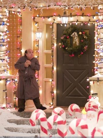 кадры из фильма Добро пожаловать или соседям вход воспрещен Дэнни ДеВито,