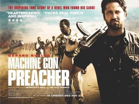 плакат фильма биллборды Проповедник с пулеметом