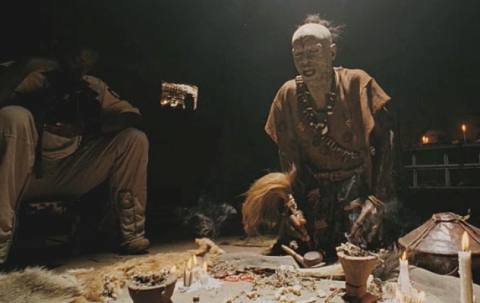 кадры из фильма Первобытное зло