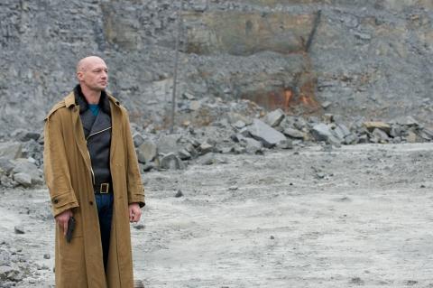 кадр №95724 из фильма Камень