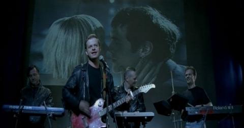 кадры из фильма Одна любовь на миллион