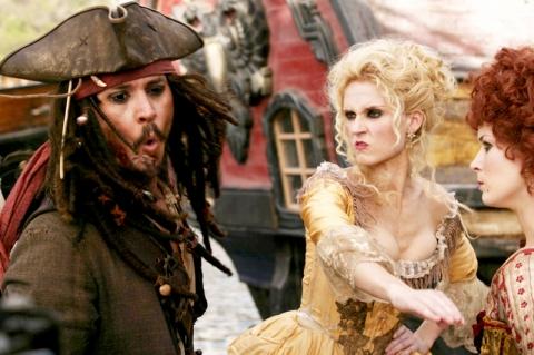 кадры из фильма Пираты Карибского моря: На краю света Джонни Депп,