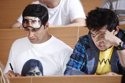 кадр №98254 из фильма Индийские мальчики*