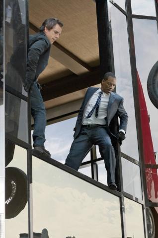 кадр №98574 из фильма Как украсть небоскреб